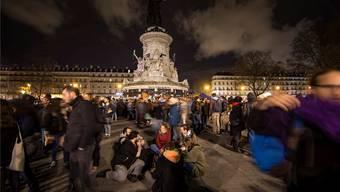 Friedliche Stimmung auf der Place de la République während der «Nuit debout». IAN LANGSDON/Keystone