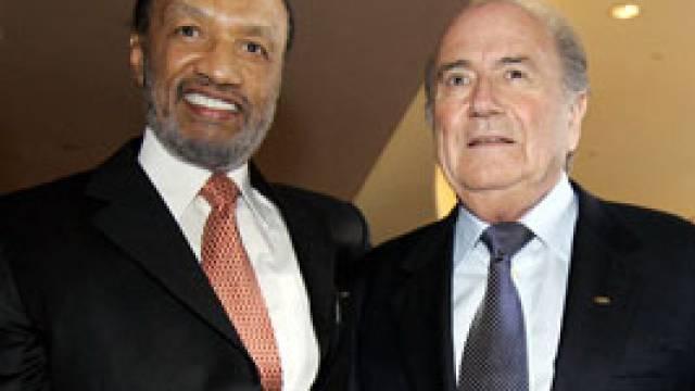 Mohamed bin Hammam mit FIFA-Präsident Sepp Blatter