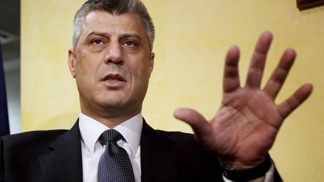 """Kosovos Präsident lehnt Landtausch ab, ist aber für eine """"Korrektur von Grenzen""""."""