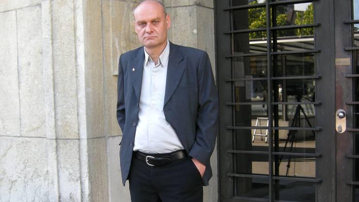 Ivo von Büren, SVP-Gemeinderat, blitzt mit seiner Klage gegen die Moschee vor Gericht ab.