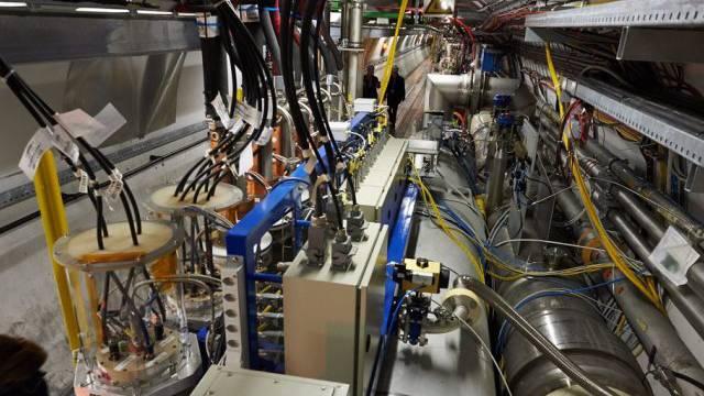 Der Large Hadron Colliders (LHC) im Cern in Genf (Archiv)