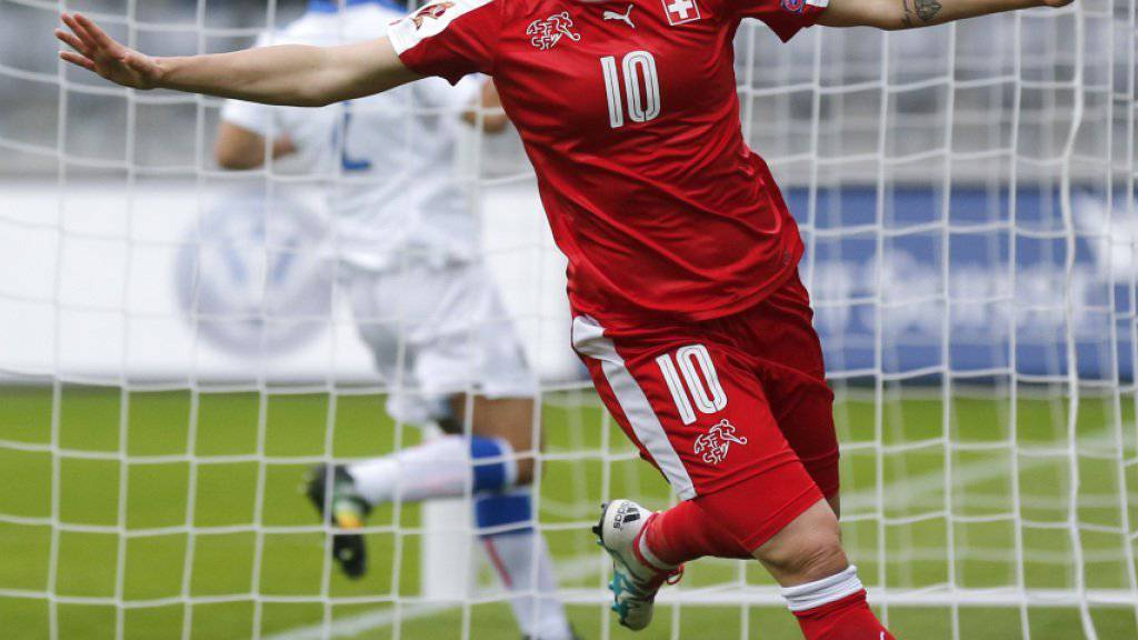 Der Jubel einer Siegerin: Ramona Bachmann brachte die Schweizer Frauen mit ihrem Führungstor gegen Italien auf die Siegerspur