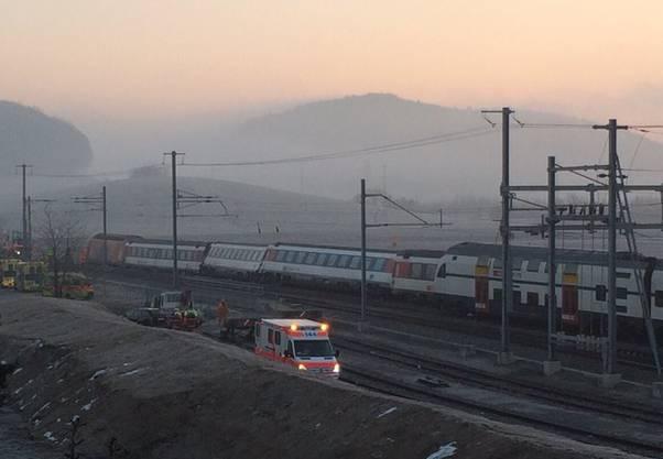 Sekunden später kam es zur Kollision mit der still stehenden S-Bahn.
