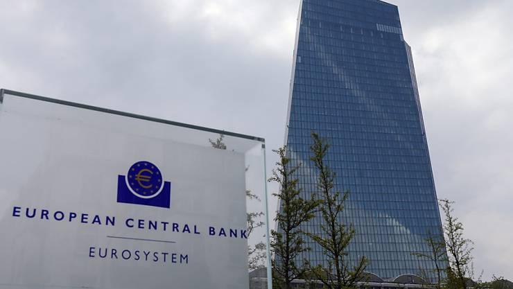 Bei der Europäischen Zentralbank bahnt sich der Ausstieg aus der ultralockeren Geldpolitik an. (Archiv)