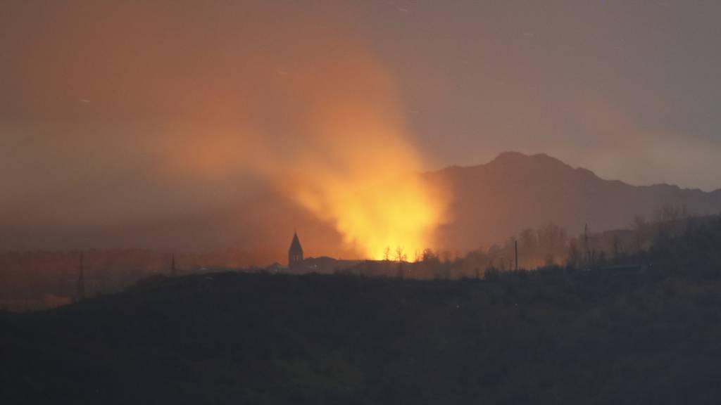 Konflikt um Berg-Karabach: Staatschefs einigen sich auf Waffenruhe