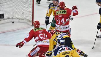 Siegtreffer in Unterzahl: Rapperswil-Jonas Michael Hügli (Nummer 61) setzt zum Jubel an