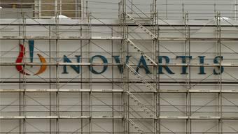 Harter Schlag für den Industriestandort Schweiz: Massenentlassung bei Novartis.