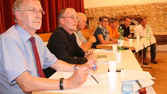 Markus Fritschi, Max Chopard, Ueli Müller, Therese Wyder, Thomas Vetter und Rik Bovens diskutierten unter der Leitung von Bernhard Lindner (v.l.). psc