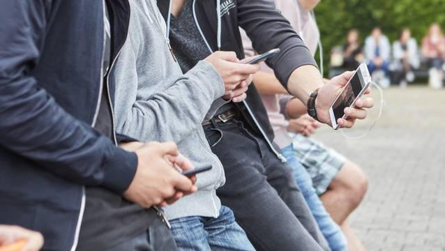 Am zufriedensten sind Handy-Abo-Kunden bei Swisscoms Günstig-Marke Wingo. (Symbolbild)