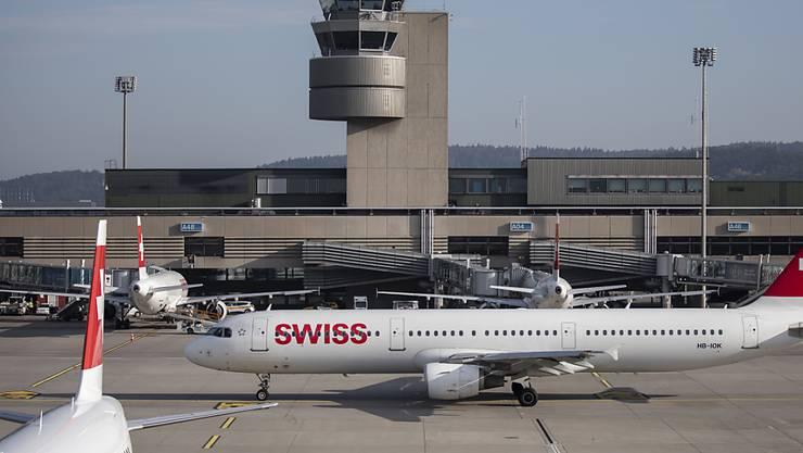 Der Flughafen Zürich bleibt im September auf Wachstumskurs: Erneut hat die Zahl der Passagiere zugenommen. (Archiv)