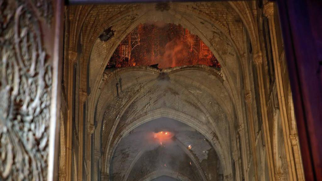 Arbeiten an Notre-Dame müssen unterbrochen werden