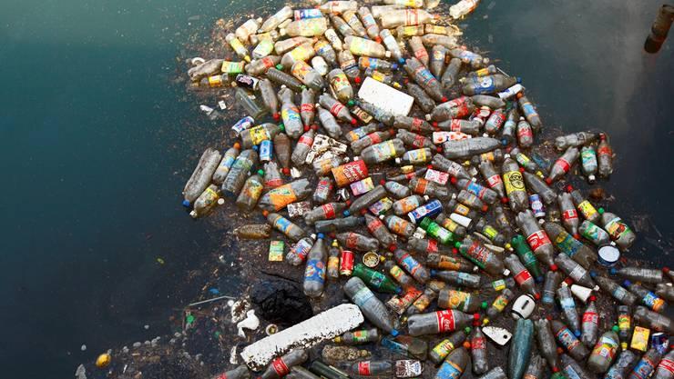 Nur ein Teil des Plastikmülls treibt auf der Meeresoberfläche. Zumindest diesen will Boyan Slat «herausfischen».theoceancleanup.com