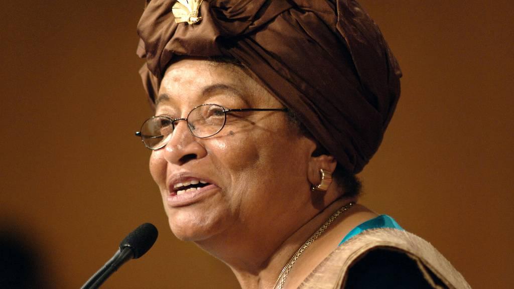 Friedensnobelpreisträgerin Ellen Johnson Sirleaf leitete ein Expertengremium, das acht Monate lang den internationalen Umgang mit dem Coronavirus analysiert hat. Das Fazit ihres Teams: Wäre weniger geschlampt worden, dann hätte die Pandemie verhindert werden können. (Archivbild)