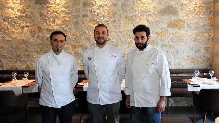 Die drei Penna-Brüder Cristian, Pietro und Marco (v. l.) laden zum kulinarischen Anlass.