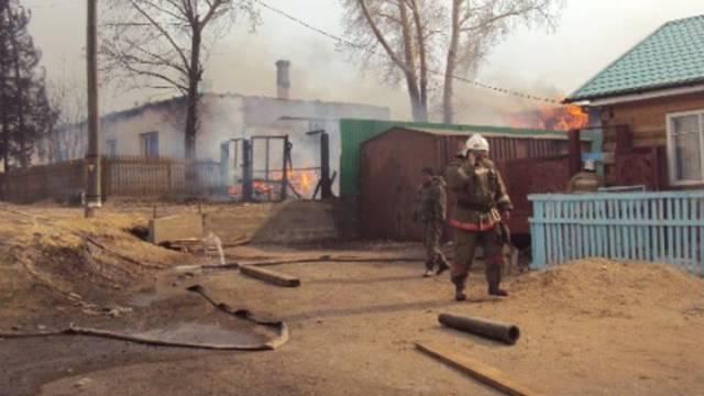Schwieriger Kampf: Feuerwehrmann in der Region Chakassien
