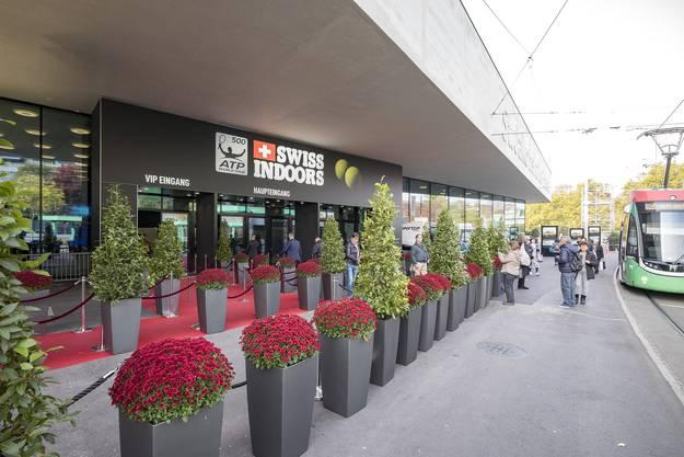 Mit den Swiss Indoors findet der erste Grossanlass nach der Sanierung der Halle statt.