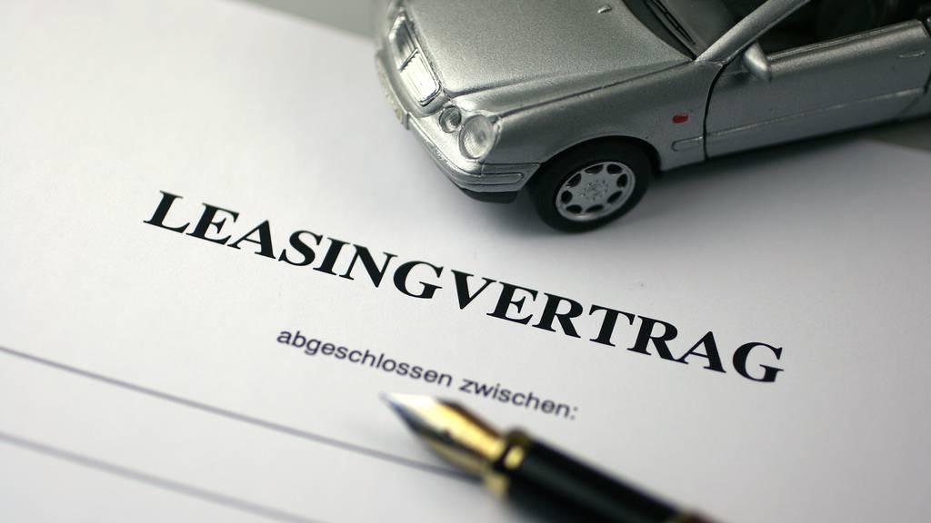 Leasing-Betrüger aus Luzern zockt Frauen ab