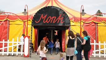 Circus Monti gastiert in Baden