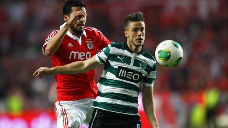 2013 wechselt van Wolfswinkel für 10 Millionen Euro zu Sporting Lissabon.
