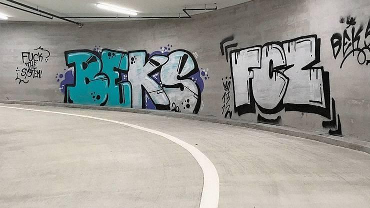 Tiefgaragen-Graffiti: Das Übermalen kostet 2000 bis 4000 Franken.