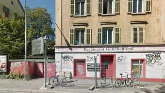So sieht die Liegenschaft an der Hohlstrasse von aussen aus (gesehen auf Google Maps).