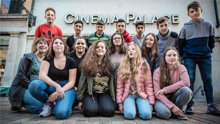 Romana von Gunten (l.) organisiert mit Jugendlichen das erste Jugendfilmfestival in Solothurn. Marc Henzi