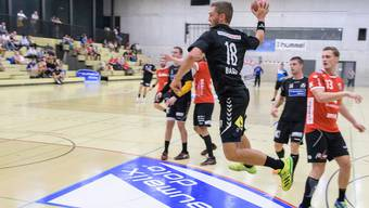 Vorschau auf die beginnende Handball-Saison. Aufhänger zum RTV, Bilder vom Cup-Spiel RTV - Pfadi Winterthur (NLA), Rankhof Basel. Nr. 18 Maurus Basler