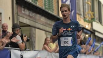 Nils Makos setzt sich überraschenderweise in der Kategorie der Männer durch - und das obwohl er gesundheitlich angeschlagen an den Start ging.