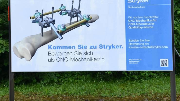 565 Angestellte arbeiten bei Stryker, letztes Jahr kamen 60 Jobs hinzu.