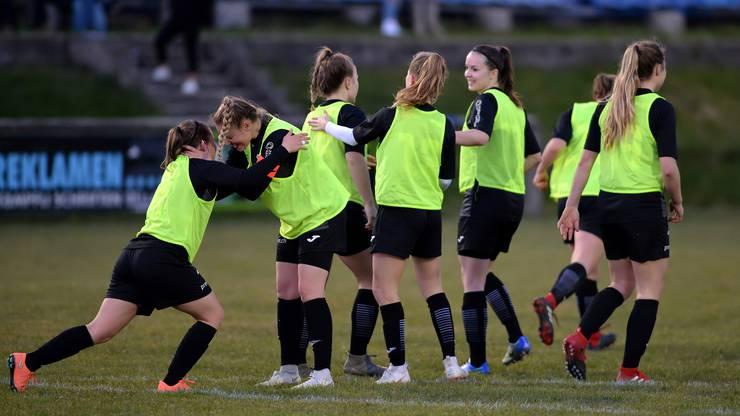 Die FCA-Frauen jubeln über ihren verdienten 1:0 Sieg.