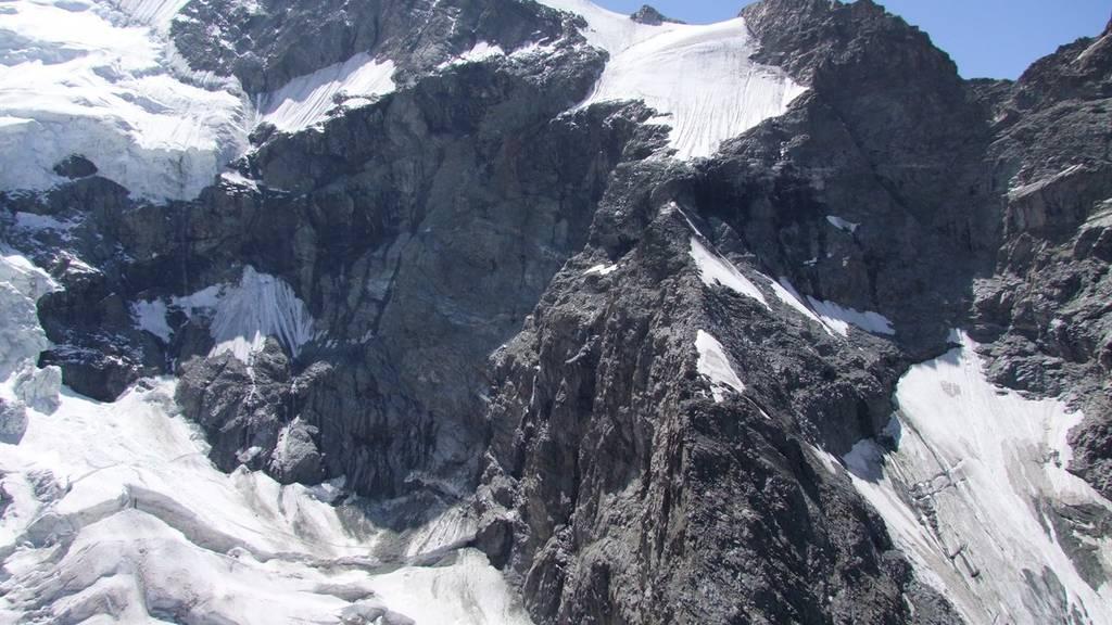 Am Piz Bernina sind drei Alpinisten abgestürzt.
