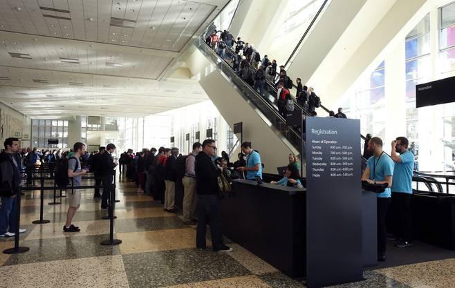 Grossandrang vor der Apple-Keynote in San Francisco