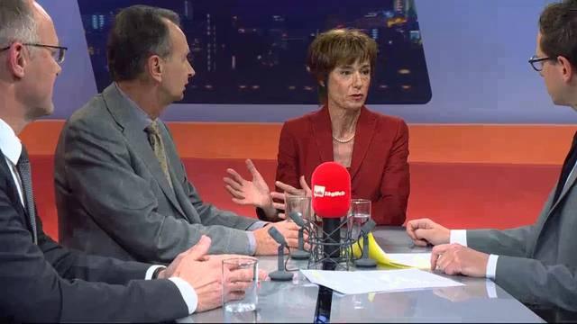 Asylbewerber, Energiewende, AHV und Bundesratswahl: Die drei Kandidaten streiten sich ausführlich über sachpolitische Themen.
