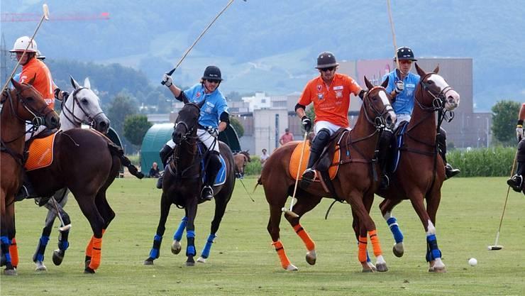 Der Legacy Polo Club kommt mit einem blauen Auge davon und kann sein Turnier mit den Pferden aus dem eigenen Bestand durchführen.