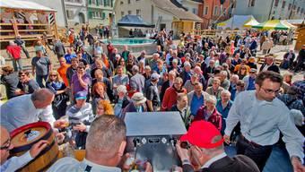 Das Wetter spielte bei der Eröffnung des Brugger Stadtfestes wunderbar mit.