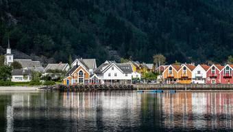 Wars ein Fehler, die Schüler in Norwegen (hier die Stadt Bergen) zwei Monate lang aus der Ferne zu unterrichten? (Bild: Pixabay)