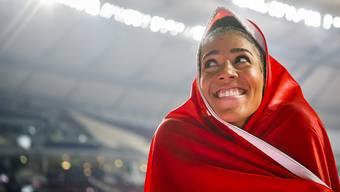 Mujinga Kambundji nach dem Gewinn der WM-Bronzemedaille über 200 m in Doha 2019. Die Emotionen des Wettkampfes rücken nach der zweiten Lockerungswelle in der Coronavirus-Krise einen Schritt näher.