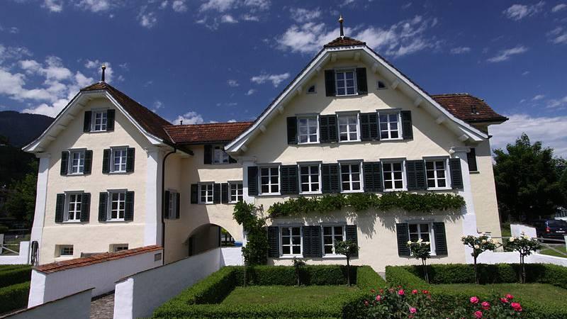 Kürzere Öffnungszeiten für Bibliothek Obwalden
