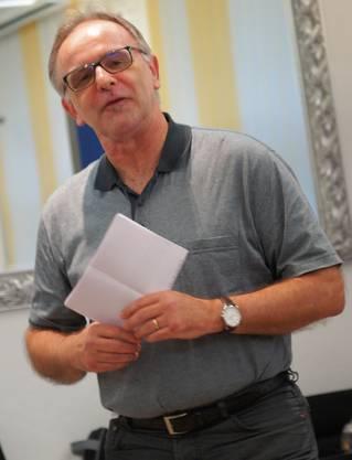 Pierre Dalcher stellt Hans-Ueli Vogt vor