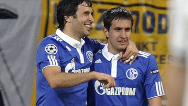 Gavranovic (hier mit Raul) soll beim FCZ die Offensive verstärken