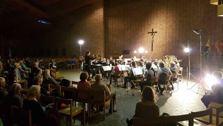 Fotolegende: Die Spielgemeinschaft Dulliken - Starrkirch-Wil trat erneut mit einem Kirchenkonzert vors Publikum