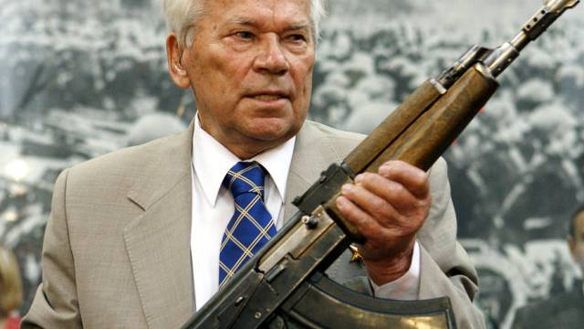 Erfand das legendäre AK-47-Maschinengewehr: Michail Kalaschnikow