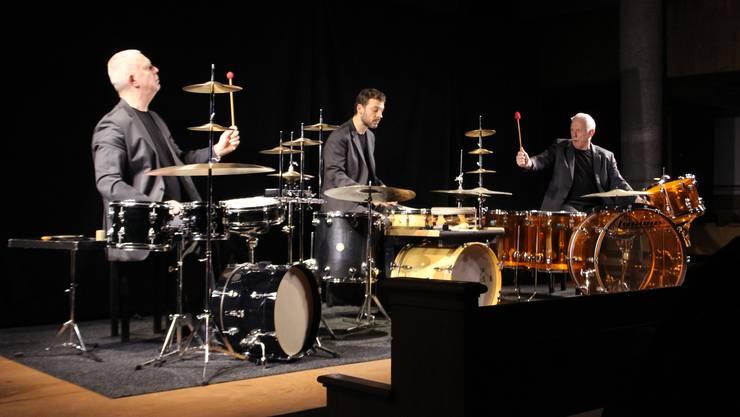 Der Holländer Rob Kloet, der Bündner Peter Conradin Zumthor und der Basler Fritz Hauser legten einen virtuosen, ungezügelten Tanz aufs Parkett.