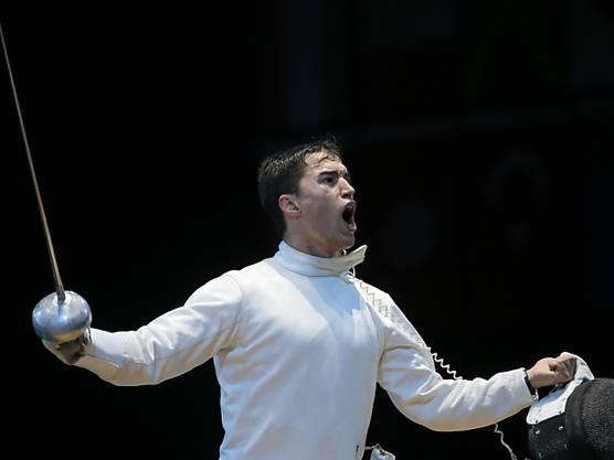 Das frühe Aus an den Olympischen Spielen in London 2012 nagte noch lange an Max Heinzer. Doch der Innerschweizer in Diensten der Fechtgesellschaft Basel zog die nötigen Lehren - und trumpfte in diesem Jahr gross auf. Am Grand Prix in Bern schaffte er als erster Fechter überhaupt den Titel-Hattrick mit drei Siegen in drei Jahren. Mit nunmehr sechs Weltcup-Erfolgen - allein drei davon holte er in diesem Jahr - zog Heinzer an Marcel Fischer, dem Olympiasieger von 2004, vorbei und wurde damit zum erfolgreichsten Weltcup-Fechter der Schweiz. Auch im Team lief in diesem Jahr alles nach Plan. An der EM in Zagreb holten sich die Schweizer die Goldmedaille. In der Weltrangliste ist der Vollprofi aus Immensee an dritter Stelle gesetzt.
