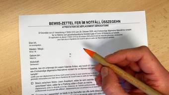 Für Màdam und Mösjö respektive Màdàm und Herr: Die Elässser hatten im zweiten Lockdown gleich zwei Versionen der offiziellen Augangsbescheinigung zur Wahl.