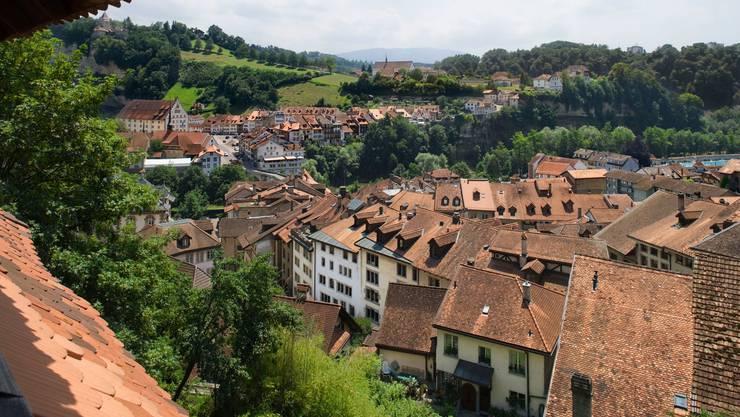 Deutschland warnt vor unnötigen Reisen in den Kanton Freiburg.