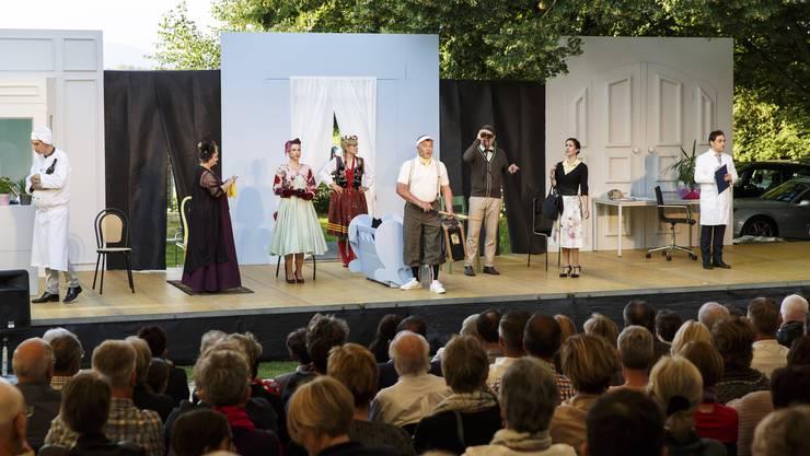 Die Bühne Burgäschi führte die Operette «Die Männer sind mal so» auf.