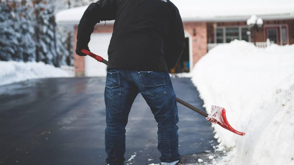 Muss ich als Mieter den Schnee selbst wegräumen?