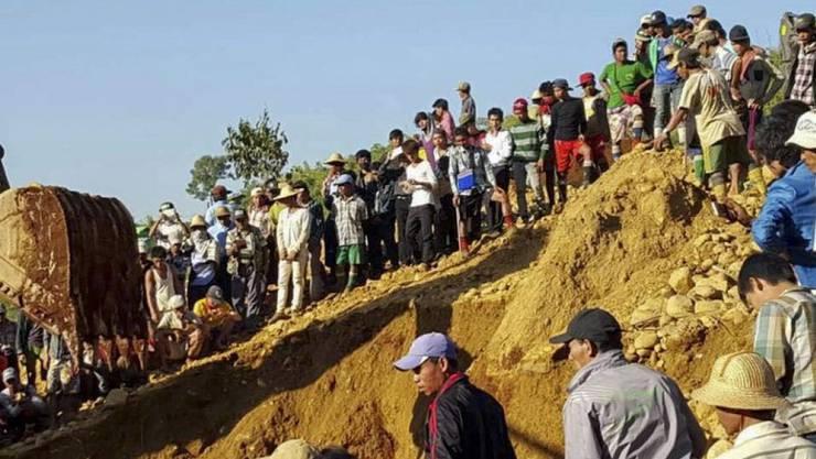 Ende November wurden bei einem ähnlichen Unglück in Hpakant in einer Jade-Mine mehr als hundert Menschen verschüttet. (Archiv)