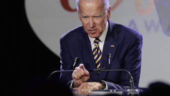 Muss sich Kritik anhören wegen des Umgangs mit einem mutmasslichen Opfer sexuellen Missbrauchs: Joe Biden, demokratischer Präsidentschaftsbewerber und früherer US-Vize-Präsident.
